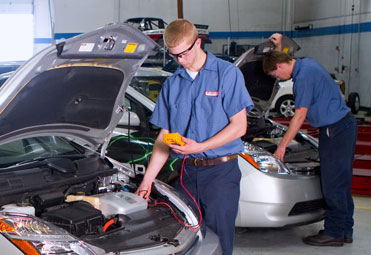 Auto Mechanic Schools Automotive Training Lincoln Tech