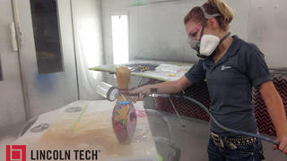 Airbrushing classes in Melrose Park help Lincoln Tech student win big!