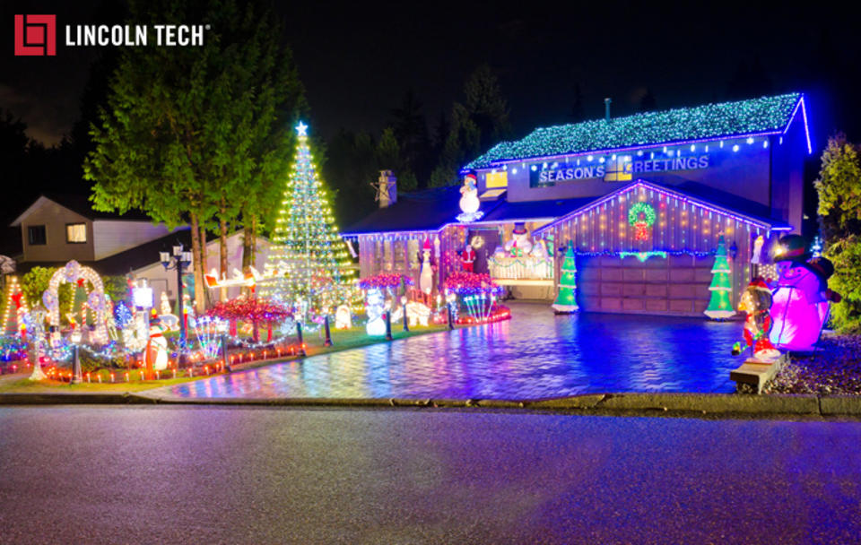 Energy Efficient Lights to save money this holiday season!